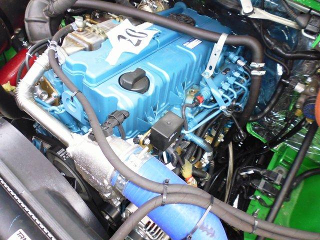 Что под капотом двигатель